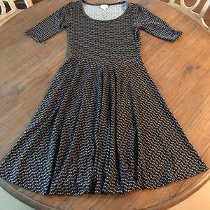 LuLaRoe S Nicole dress- black & gray pattern